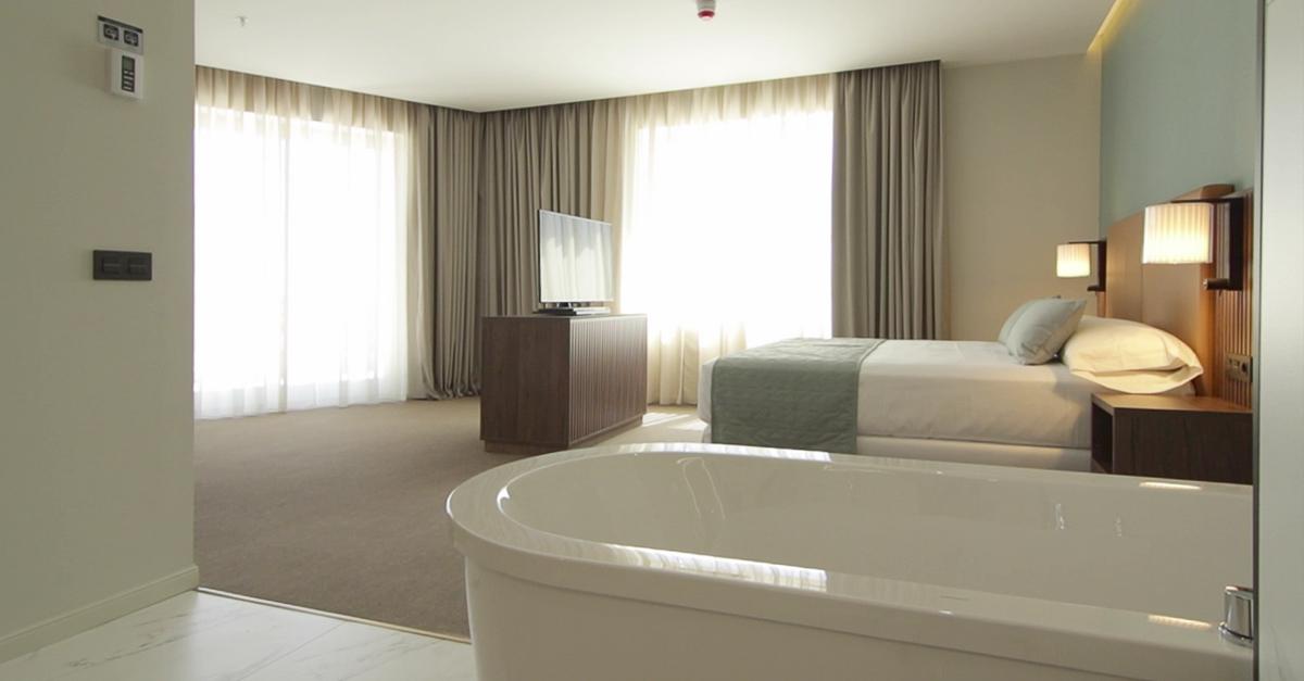 Riu Plaza España habitación