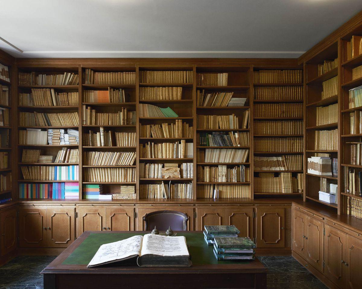Cuenta con más de 3.000 libros