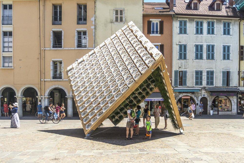 Situada en ciudad de Annecy (Francia)