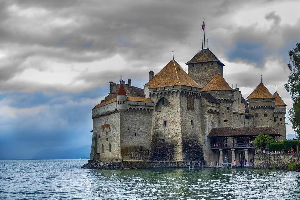 Es uno de los más populares de Suiza con más de 400.000 visitantes cada año