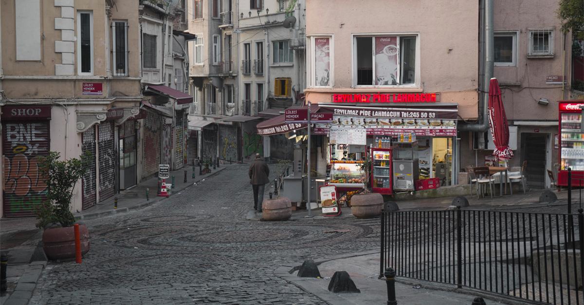 Calles en el barrio de Beyoglü