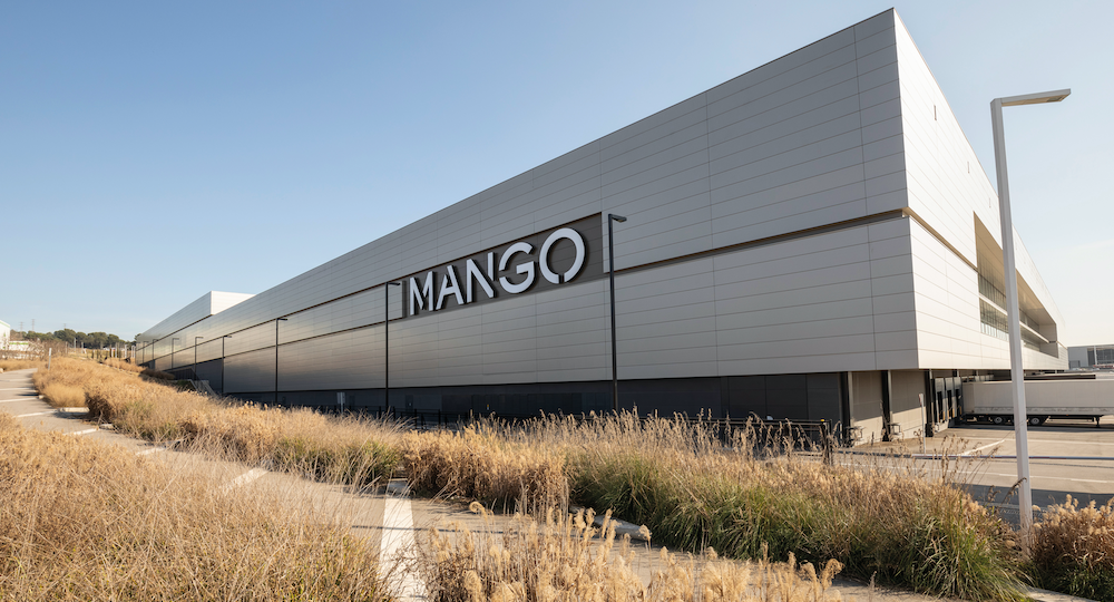 Mango/ Centro logístico en Lliçà d'Amunt
