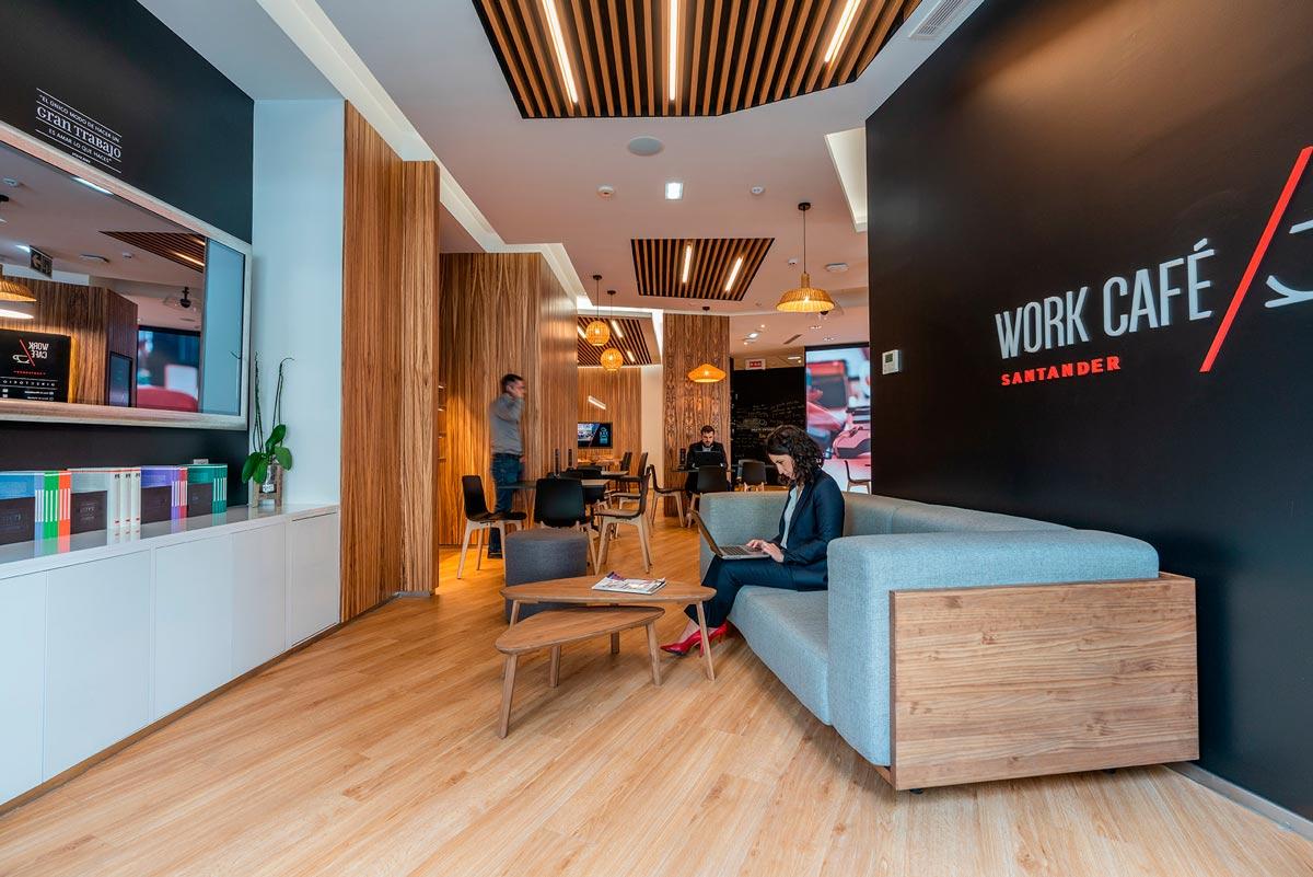 Banco, coworking y cafetería en un mismo espaico