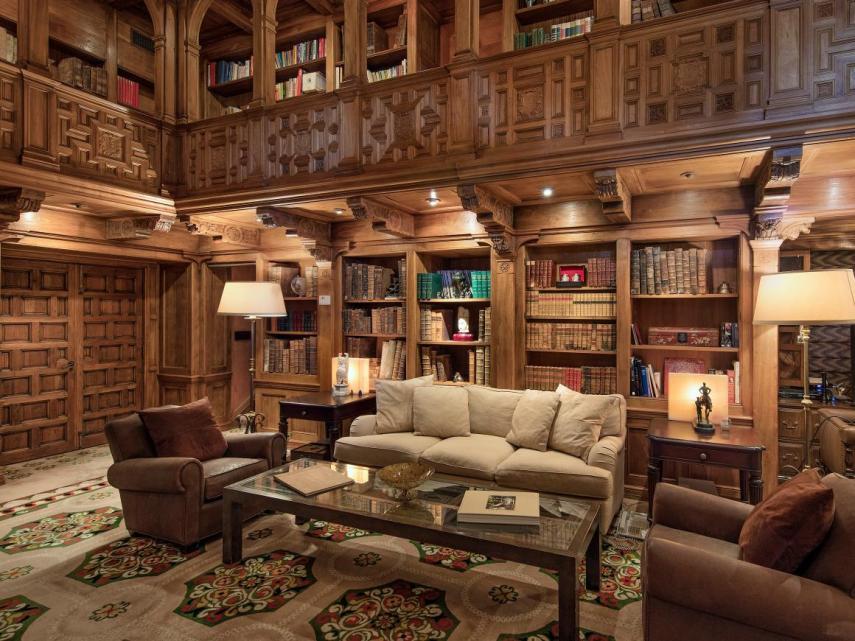 Biblioteca de dos plantas