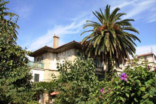 Antiguo palacete donde residió el Premio Nobel español