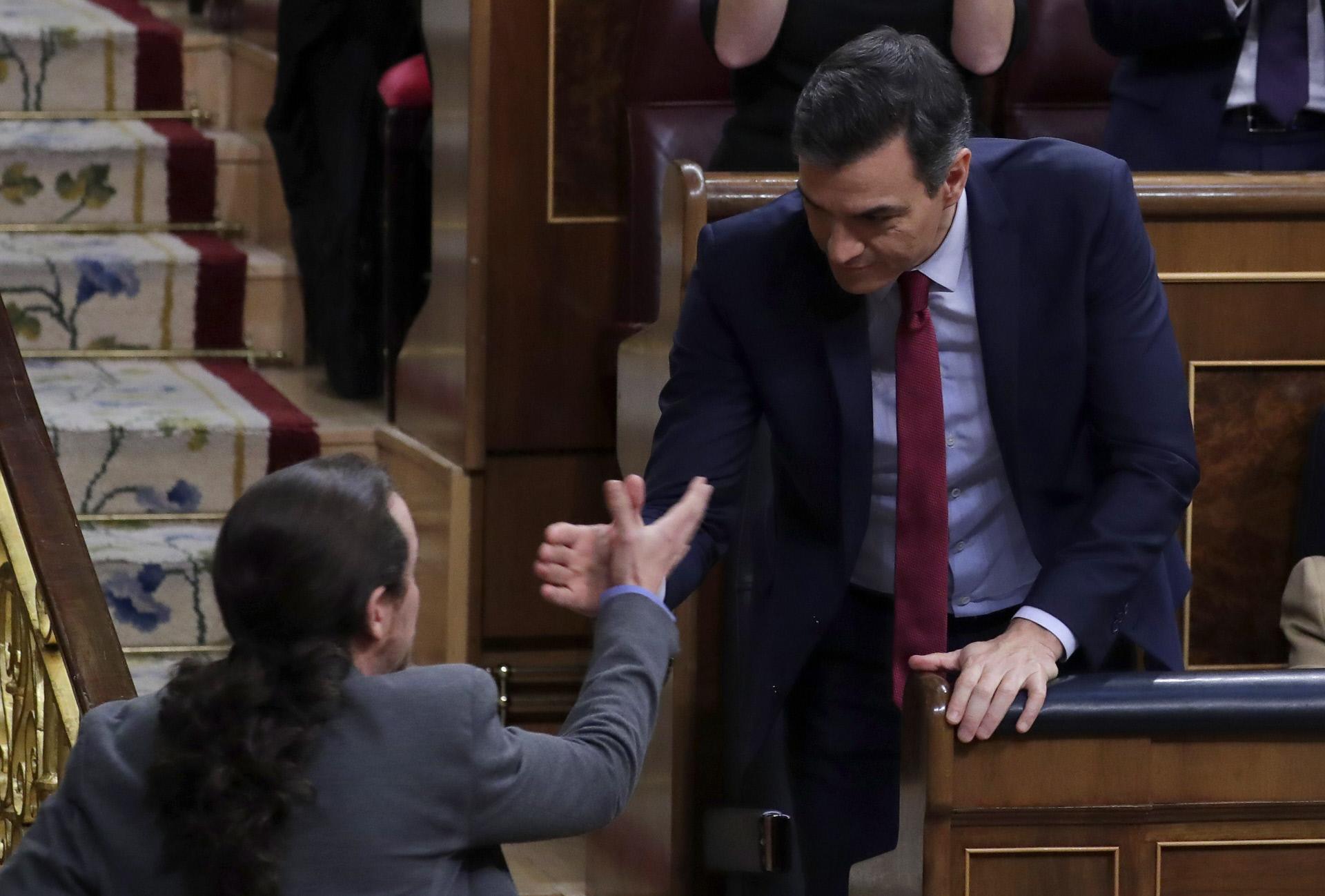 Momento de la toma de posesión de Pedro Sánchez como presidente de España / Gtres