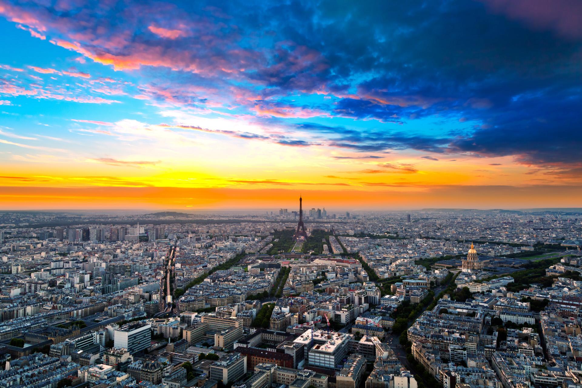 1. París