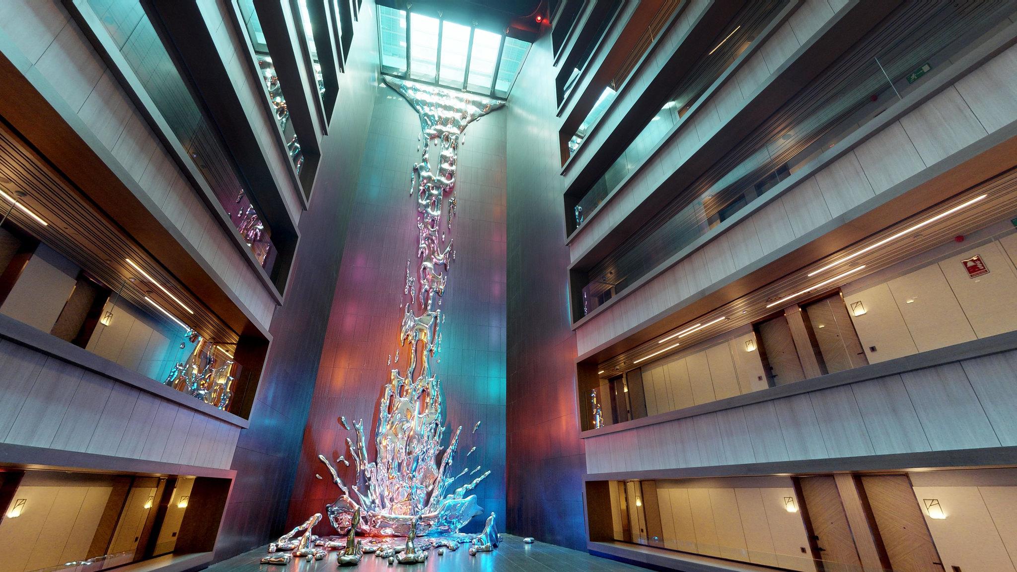 Cascada sin agua del Hotel VPPlaza de España Design 5*
