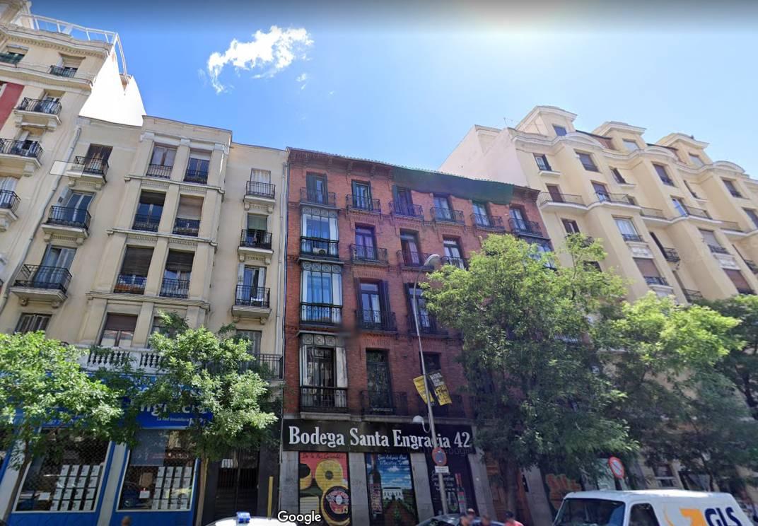 Edificio donde Emerige levantará las cuatro plantas de viviendas de 'alto standing'. / Google Maps.