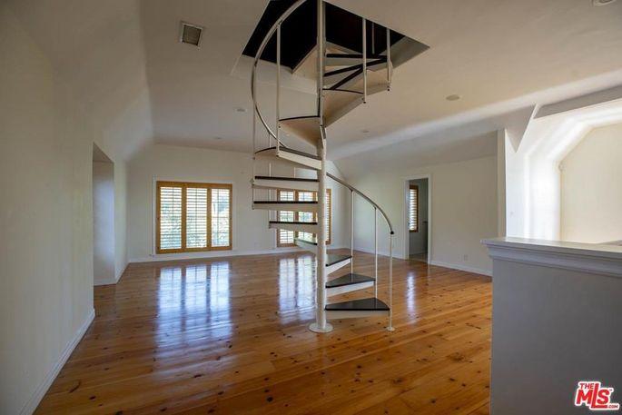 Escalera de caracol / Realtor