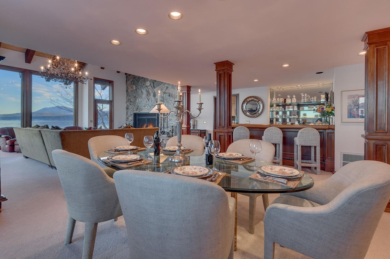Comedor / Sotheby's International Realty