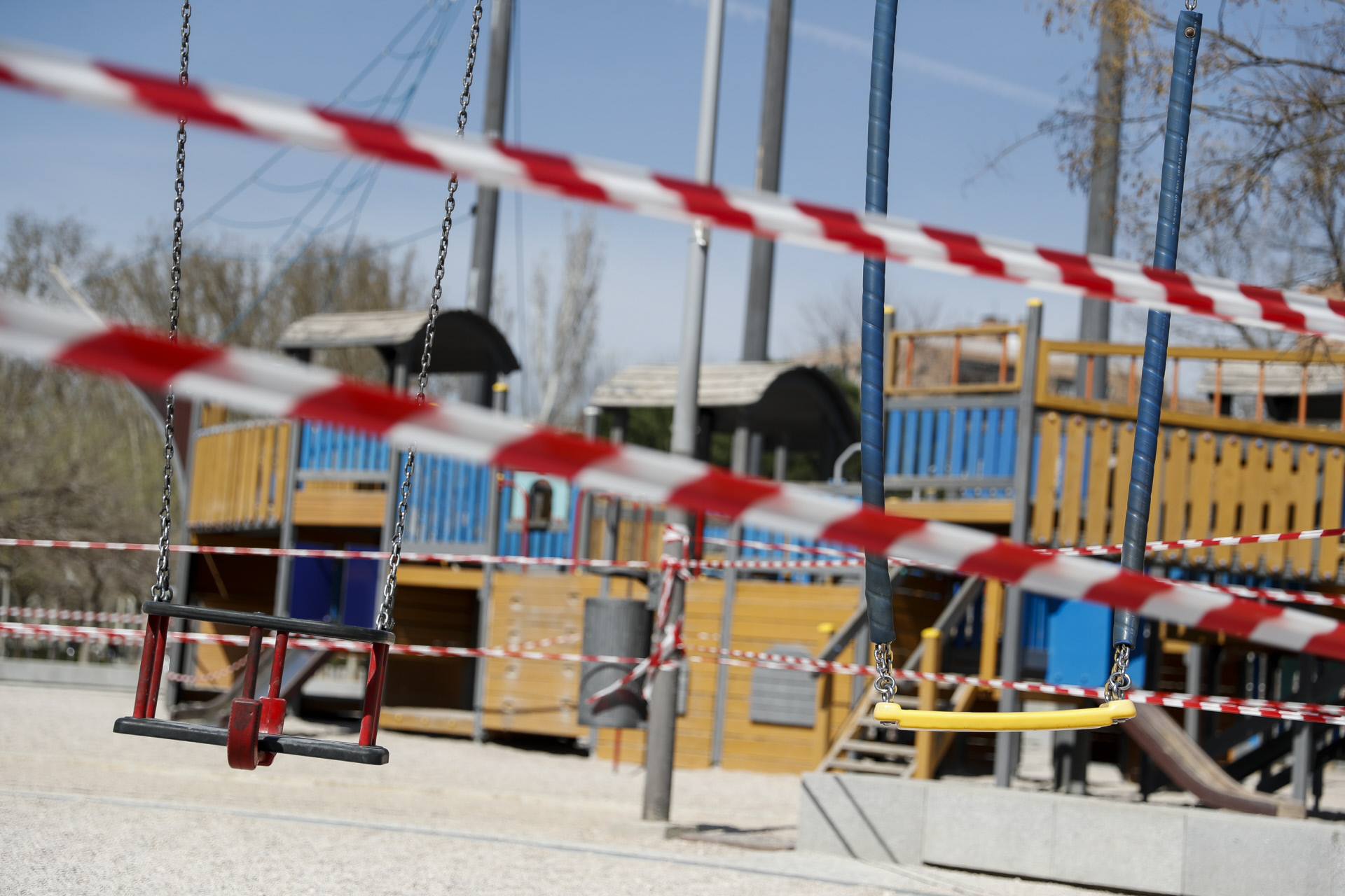 Un parque infantil clausurado por el covid-19 / Gtres
