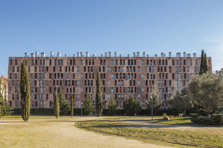Promoción de viviendas en Villaverde, Madrid, de Lazora / Lazora. / Lazora