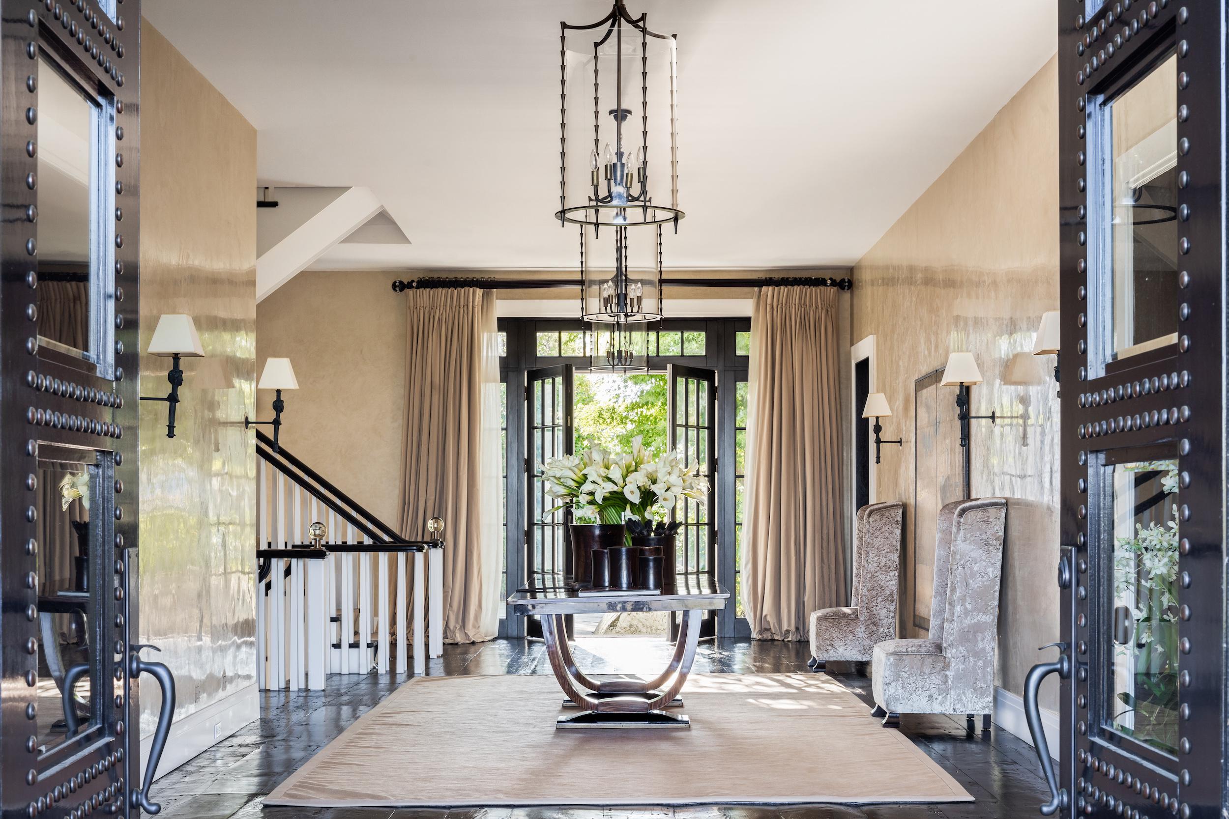 La casa cuenta con más de 2.200 m2