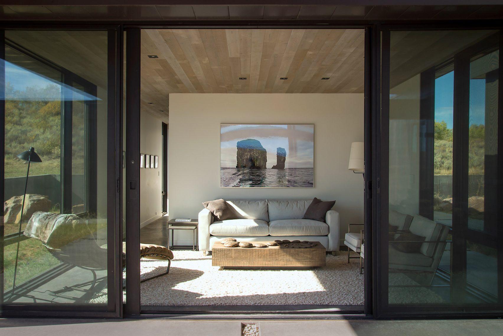 Los cristales mantienen aislada la vivienda