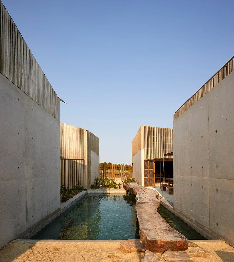 patio central y piscina / Edmund Sumner/BAAQ