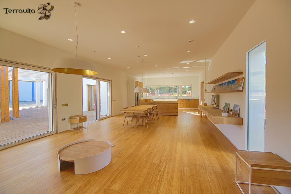 Interior de Can Tanca, vivienda con el certificado 'passivhaus' Premium / Terravita