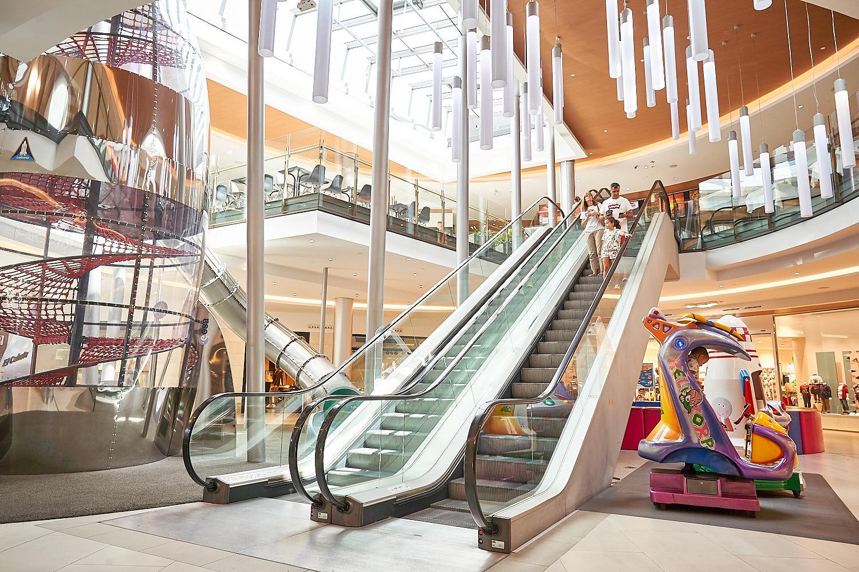 Centro comercial 'El Tormes' / MVGM