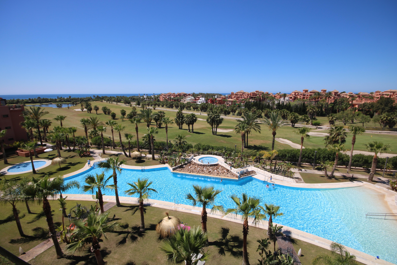 Playa de Motril, Granada / Unsplash