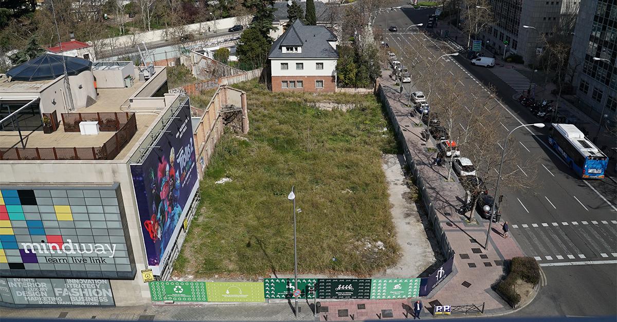 Terreno donde se ubicarán las nueve exclusivas viviendas en Madrid