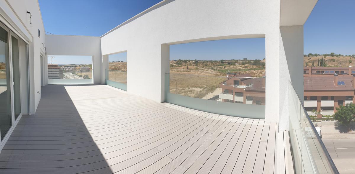 Terraza del ático / DMDV Arquitectos/Landevel ArroyoFresno