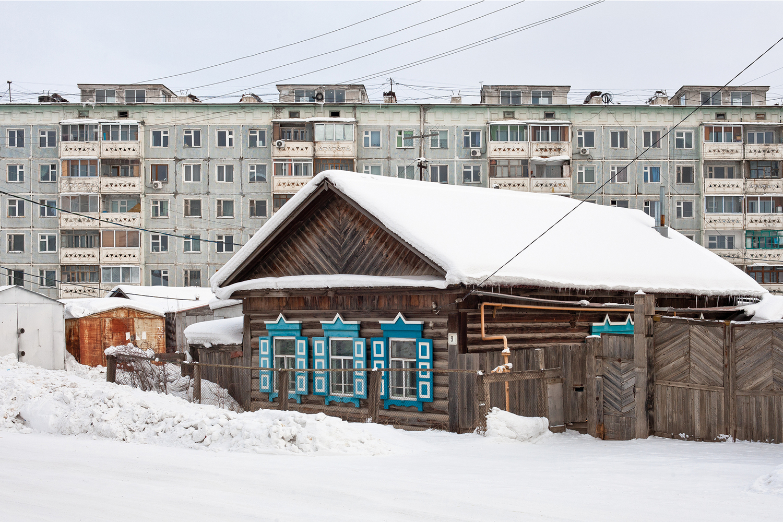 Complejo de viviendas en Yakustk / Alexander Veryovkin/Zupagrafika