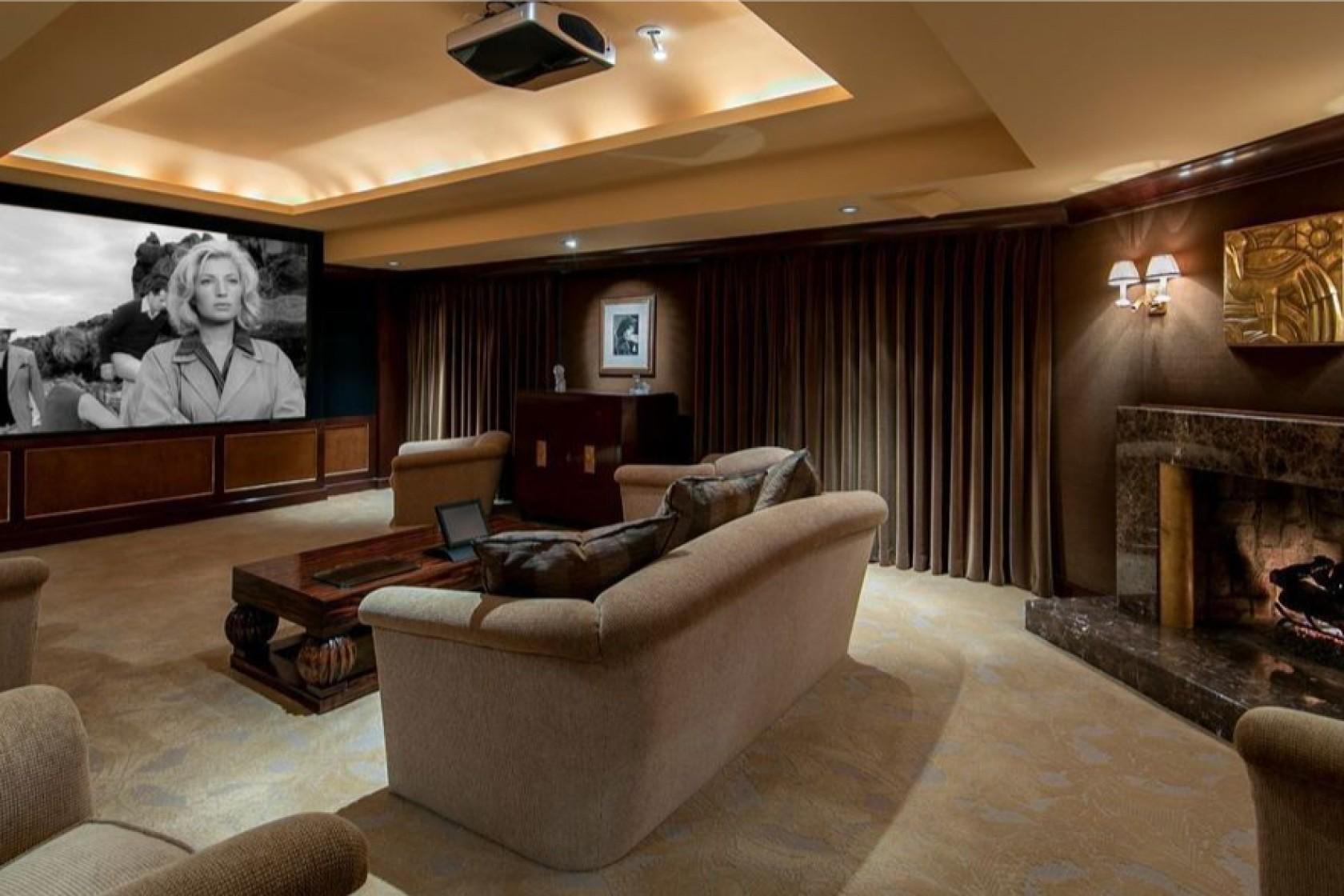 Cine en casa / Realtor.com