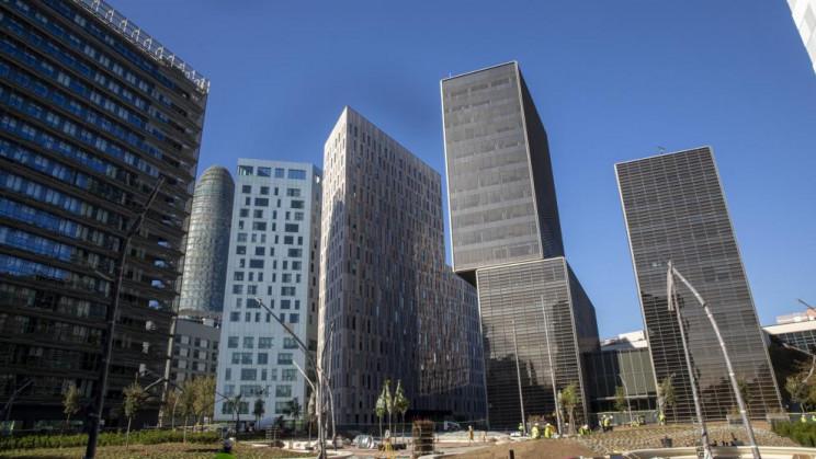 Edificios de oficinas en Barcelona / Unsplash