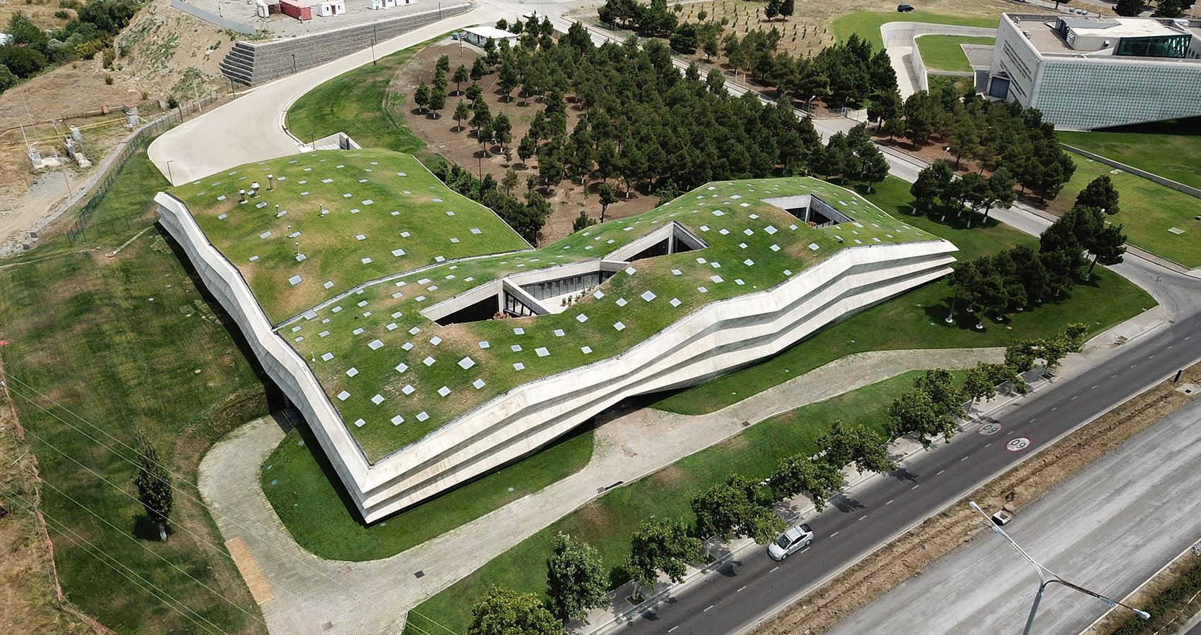 El tejado tiene más de 3.000 m2