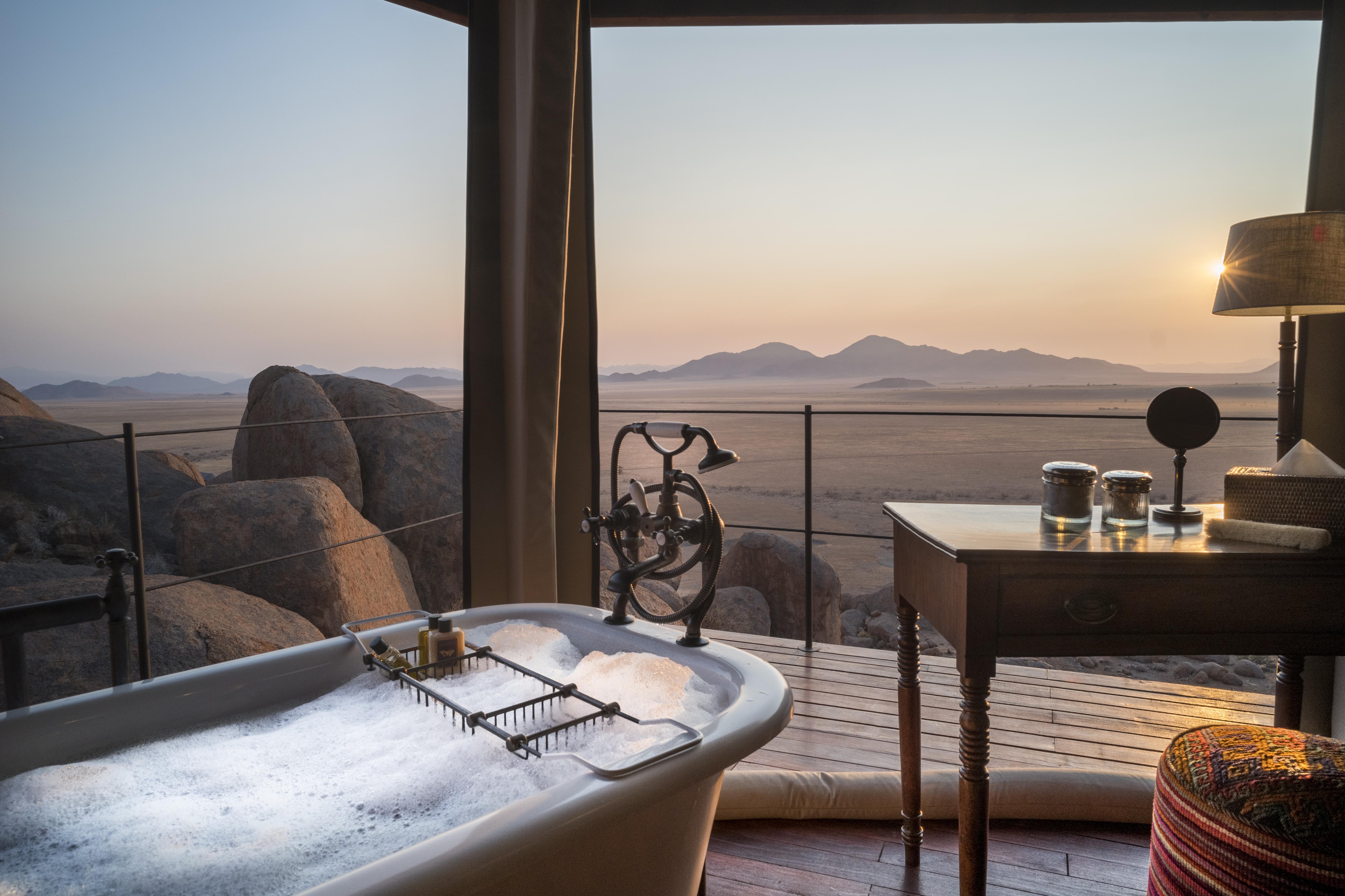 Baño con vistas / Tibo Dhermy/Zannier Hotels