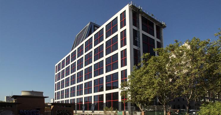 Oficinas en construcción en la calle Agustín de Foxá (Madrid)