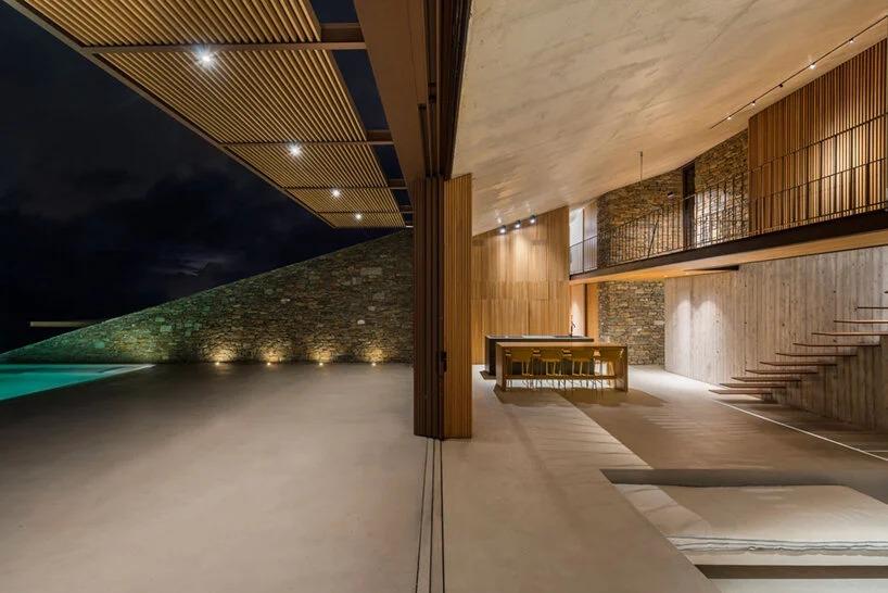 Yiorgis Yerolymbos/Mold Architects