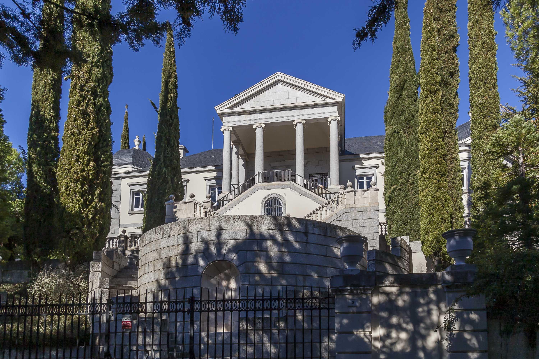 Palacete neoclásico en El Escorial (Madrid)