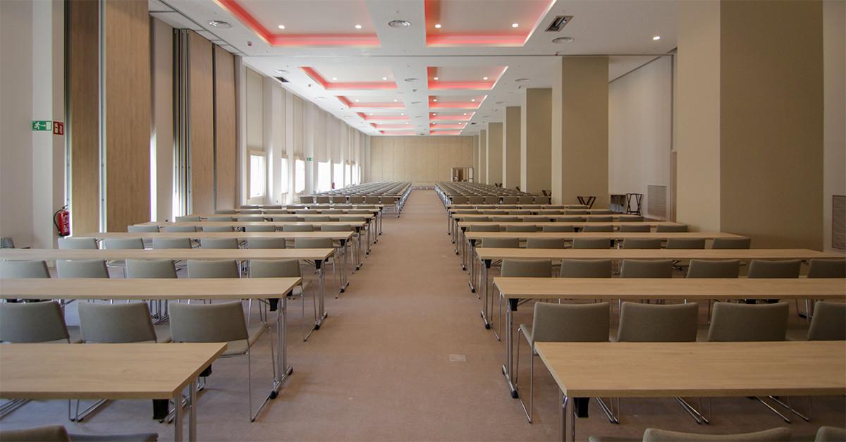Una de las salas de reuniones del Hotel RIU Plaza España.