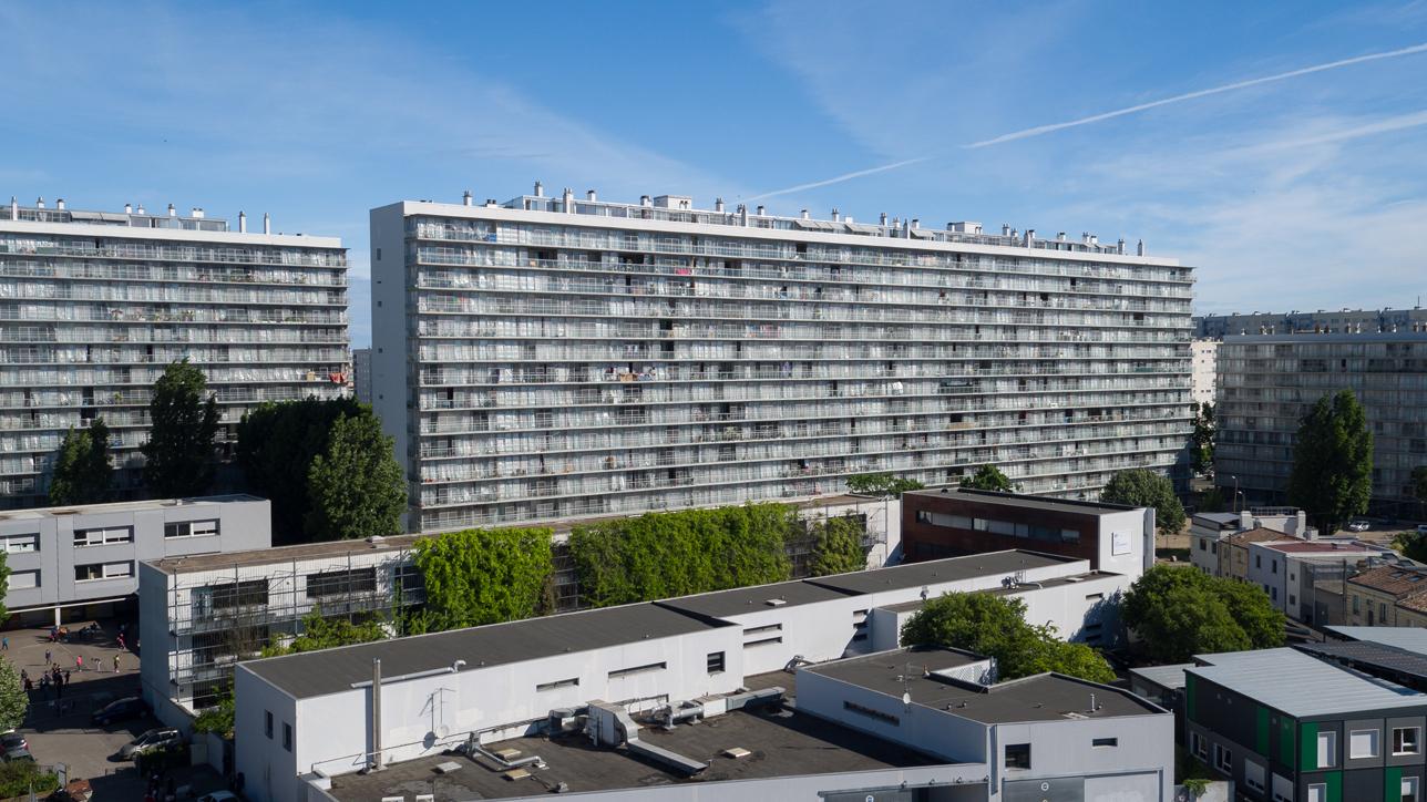 Transformación de 530 pisos en tres edificios en el Grand Parc en Burdeos