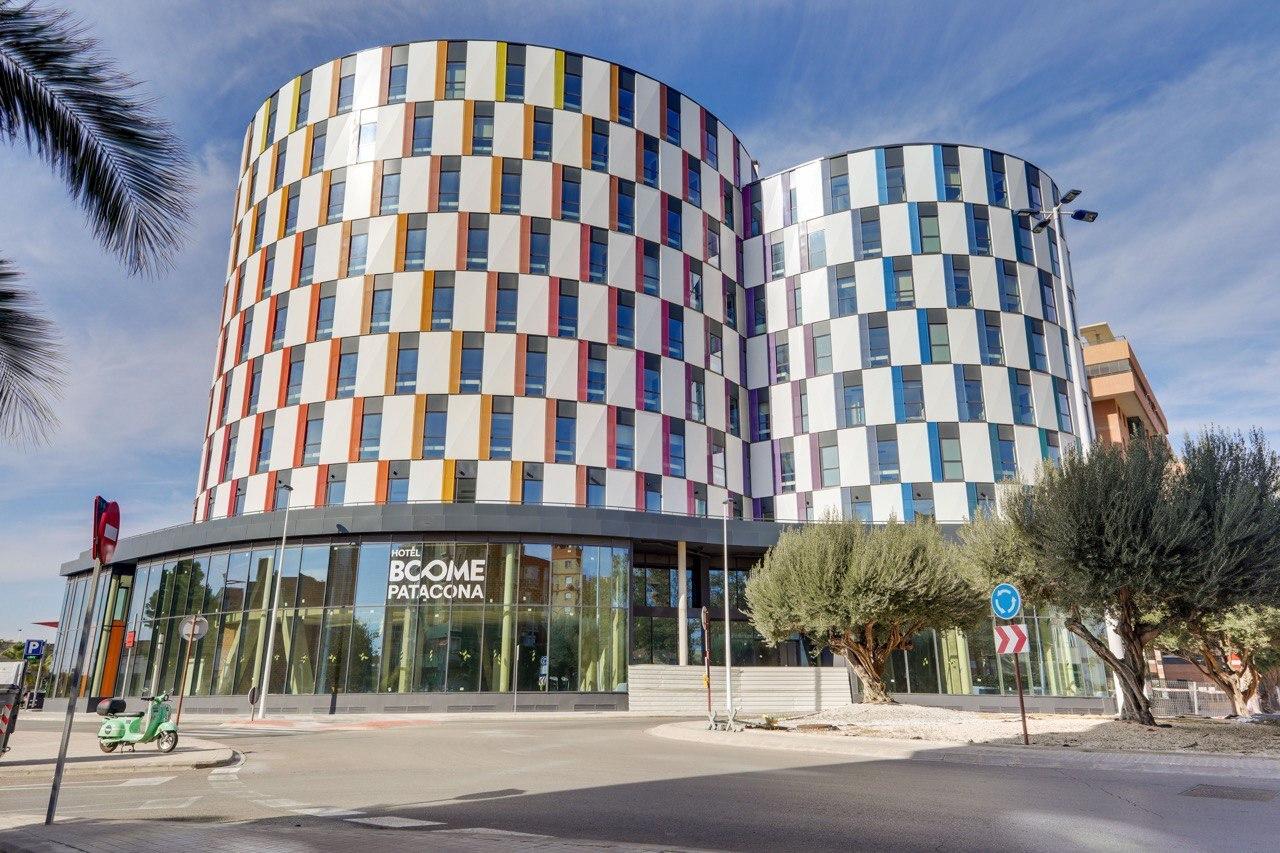 Hotel en Valencia vendido por Urbania