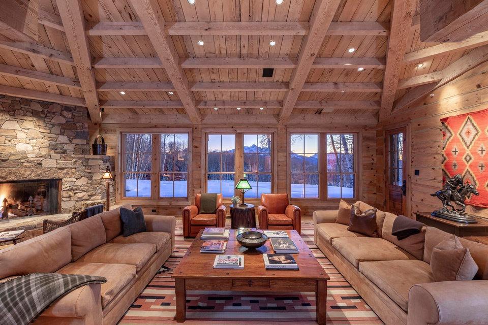 Tom Cruise vuelve a poner a la venta su enorme rancho en Colorado, ahora  por 33 millones ? idealista/news