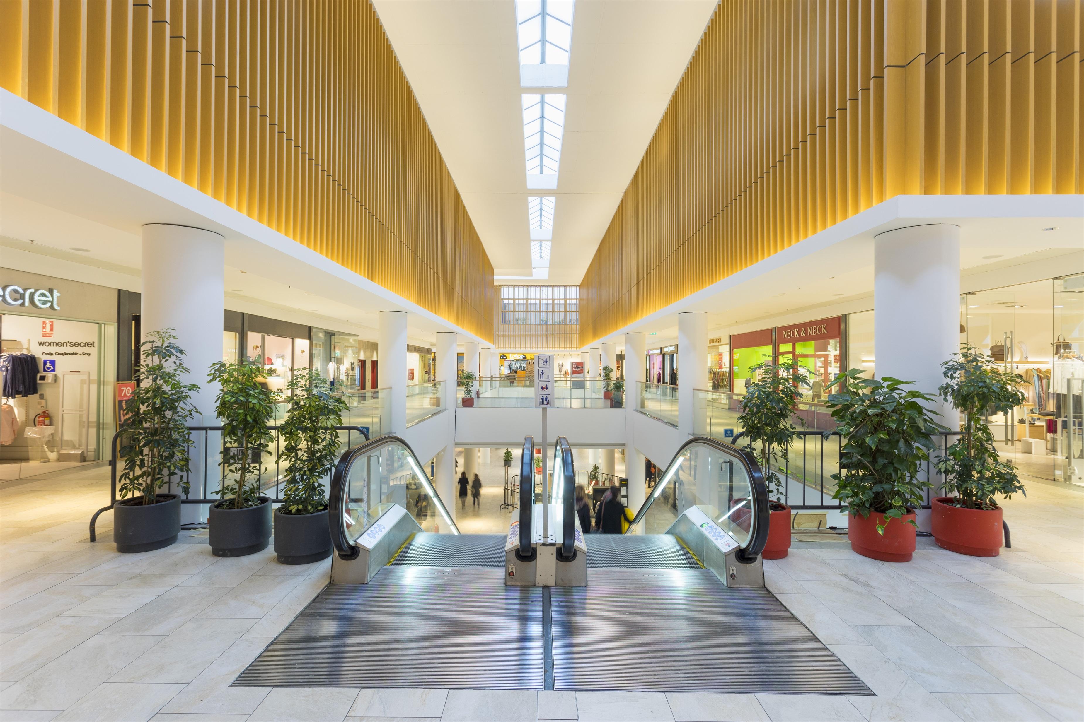 Uno de los centros comerciales de la socimi Merlin Properties
