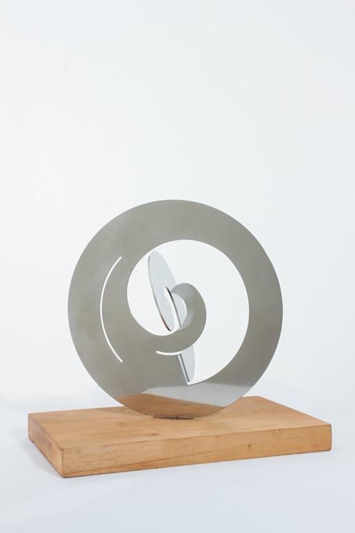 Escultura de Ángela Gurría por 2.000 euros (20x20,5 cm)