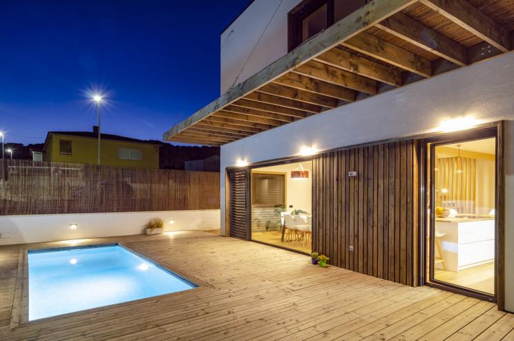 Una de las casas prefabricadas más sostenibles de Europa y está en España