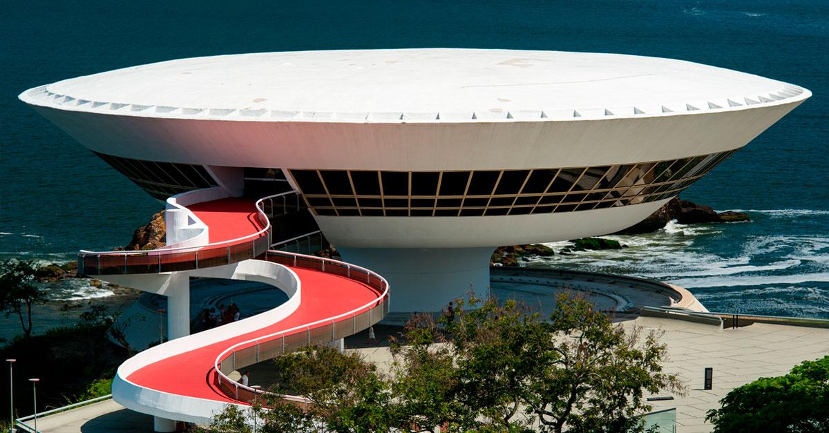 Museo de Arte Contemporáneo de Niterói, Brasil