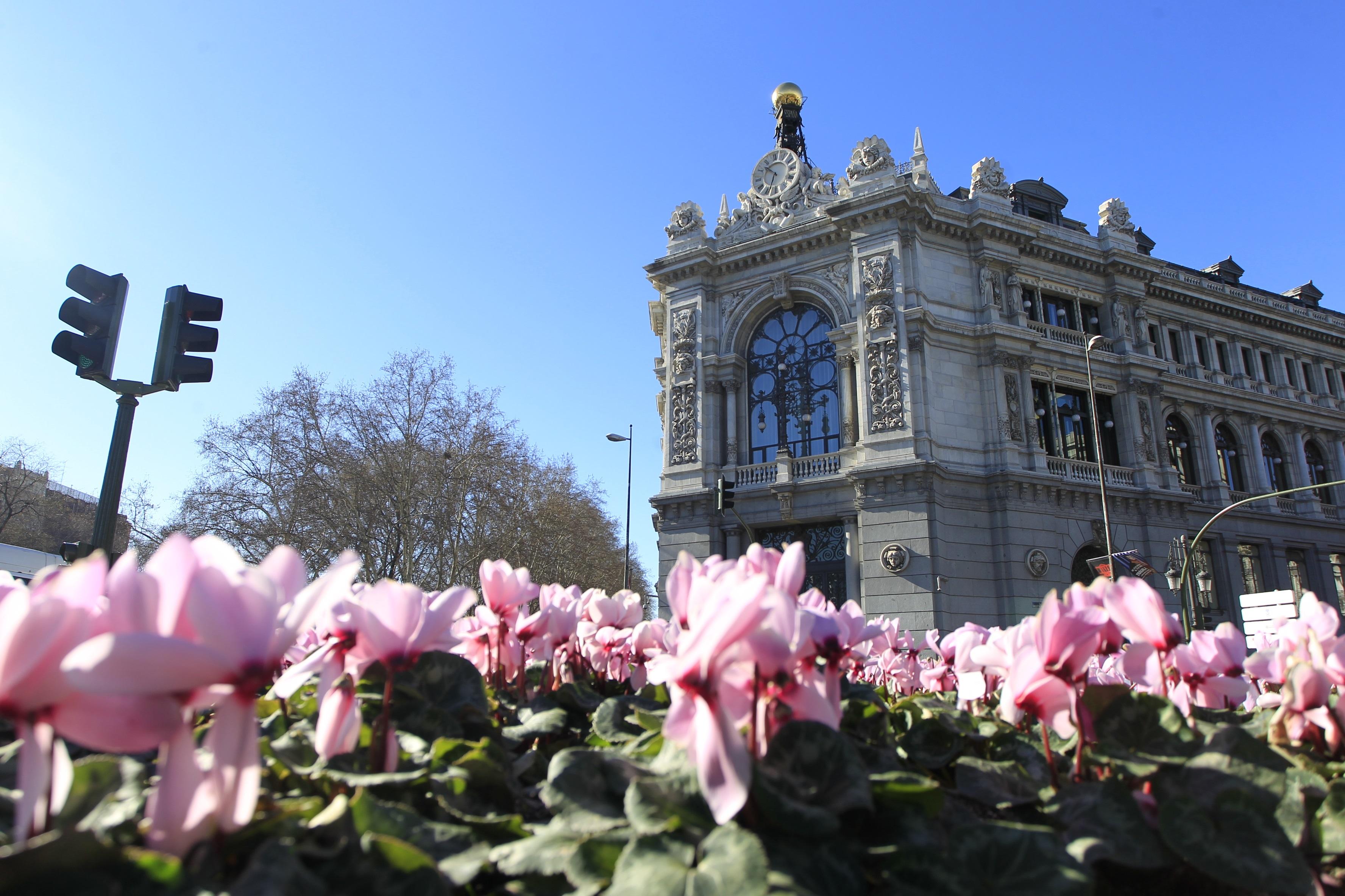 Archivo - Fachada del Banco de España en Madrid.