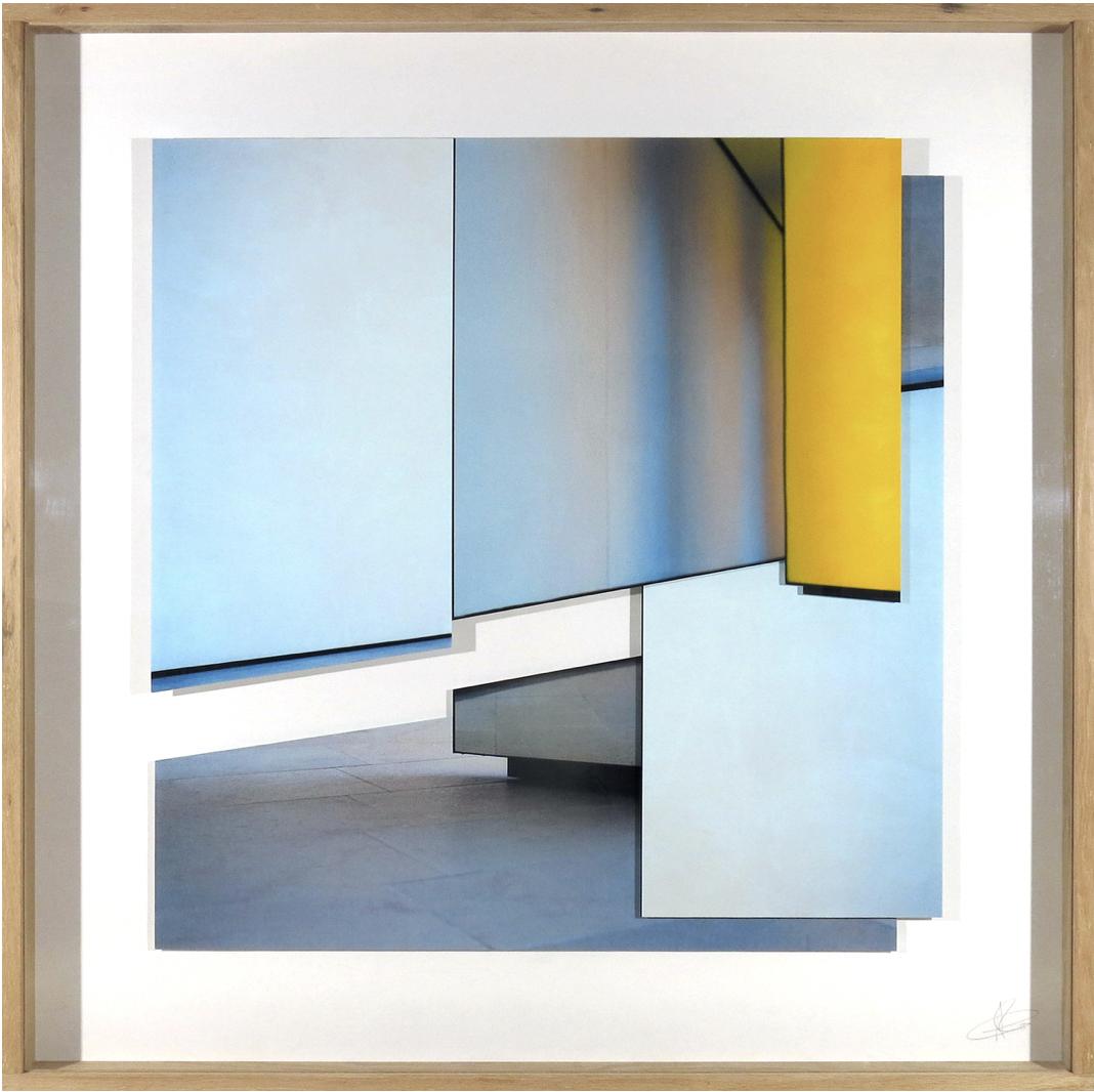 Fotografía enmarcada de Patrik Grijalvo por 785 euros (36x36x4 cm)