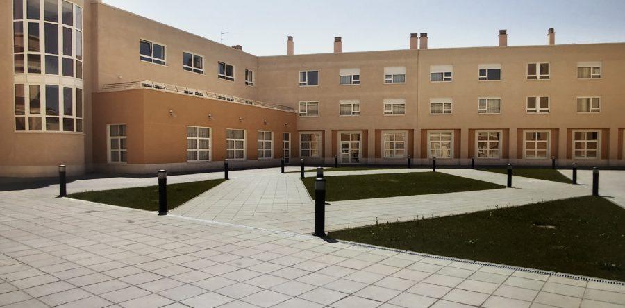 Residencia de ancianos en Palencia / Adriano Care