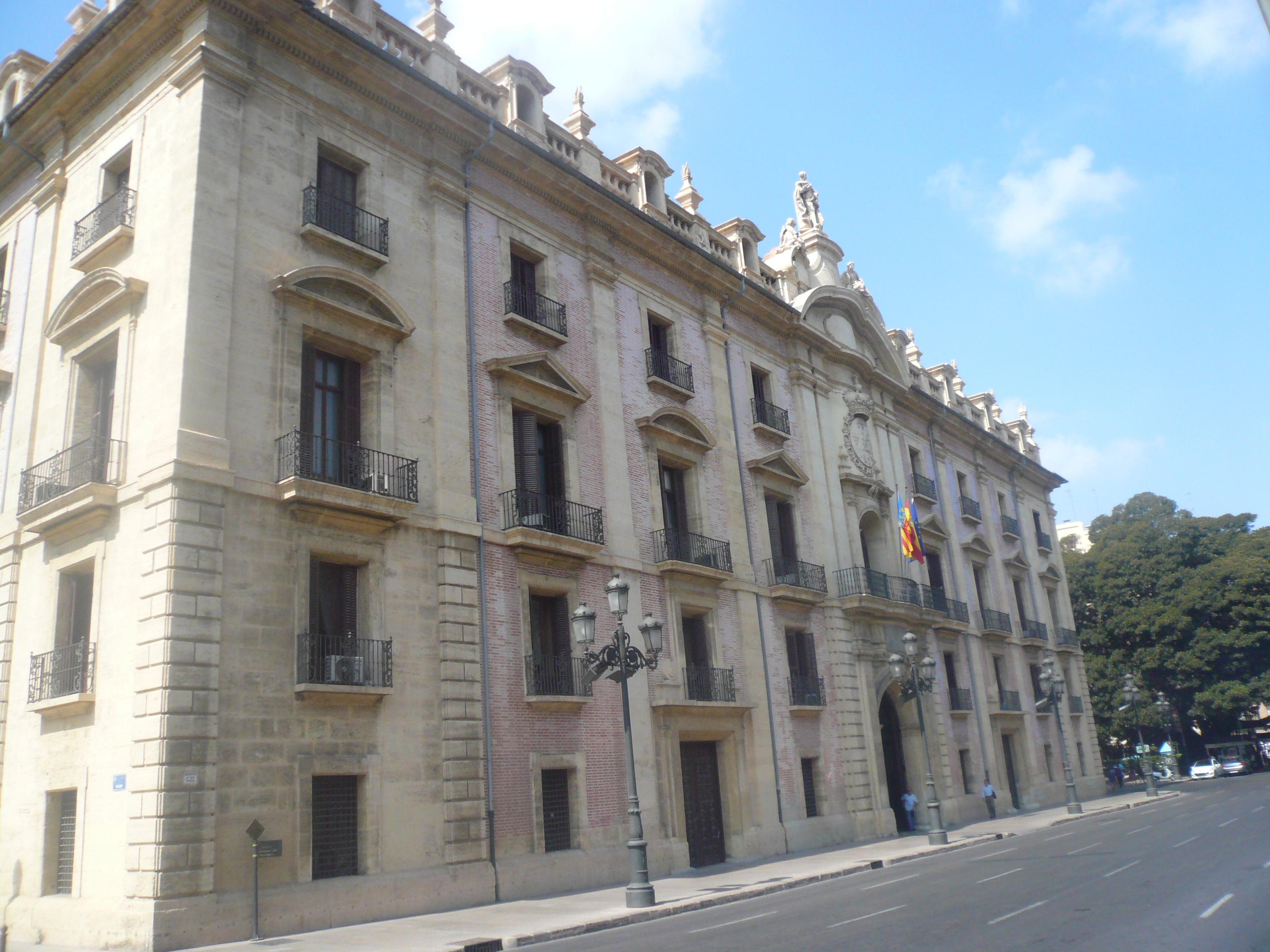 Edificio del Tribunal Superior de Justicia de la C.Valenciana / Wikimedia commons