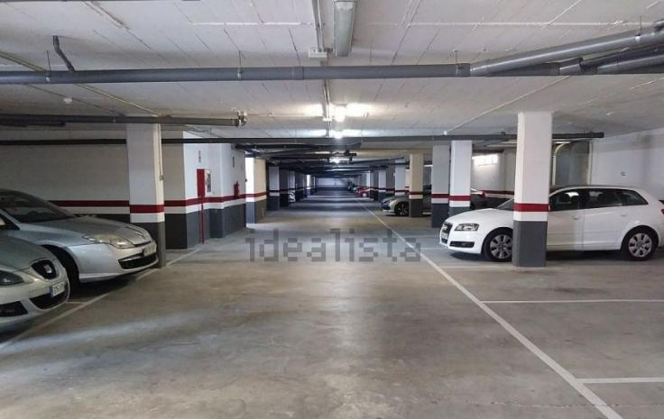 Plaza de garaje en venta en Zaragoza
