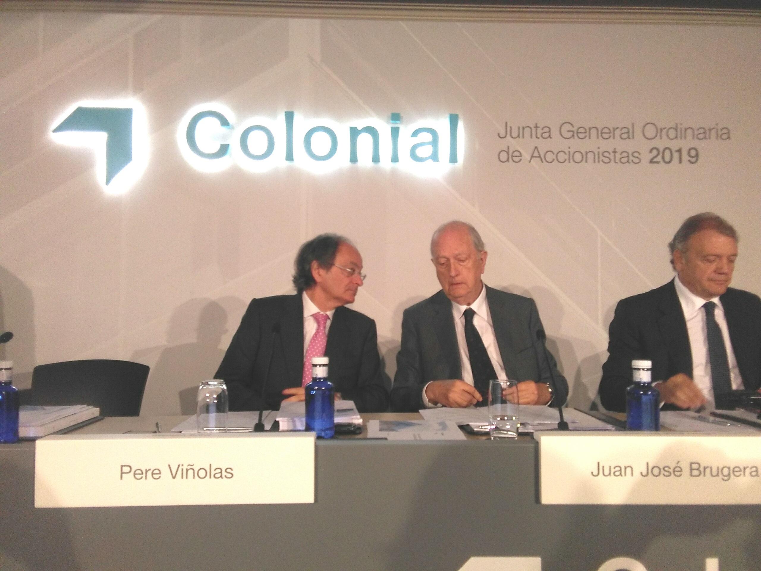El presidente de Colonial, Juan José Bruguera, y el consejero delegado, Pere Viñolas, en la junta de accionistas 2019  / EUROPA PRESS