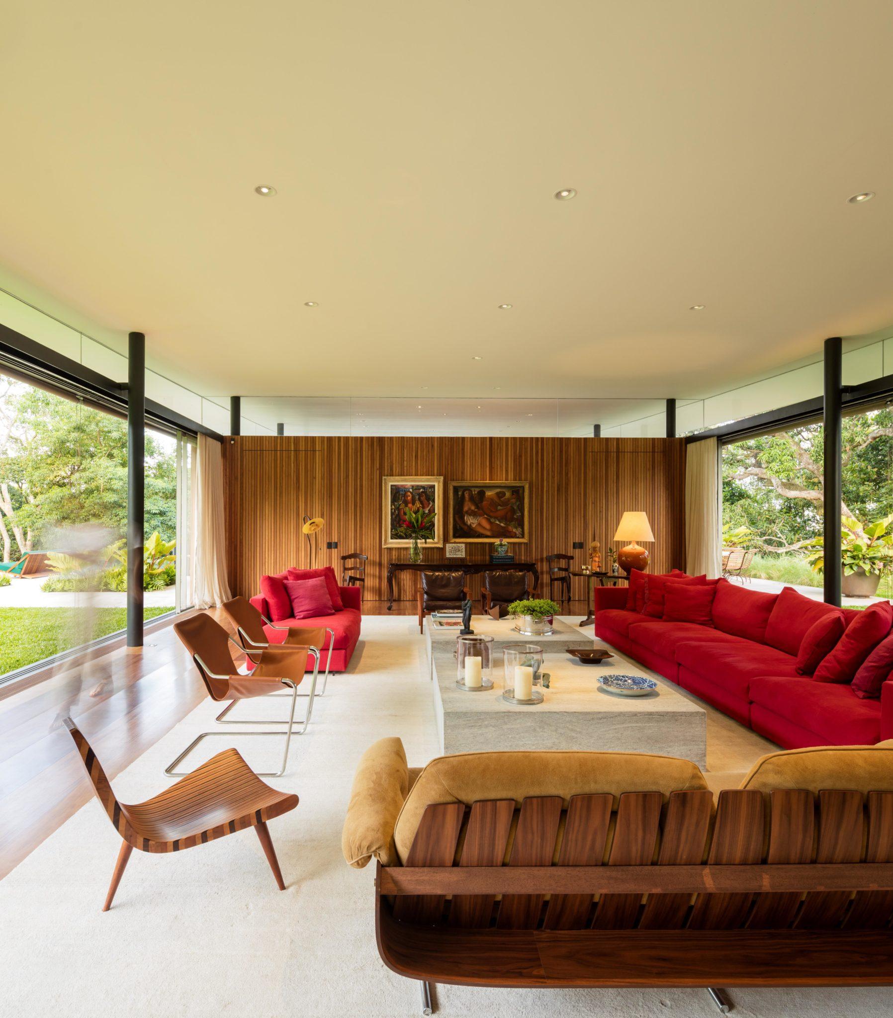 La casa tiene 3.000 m2 construidos