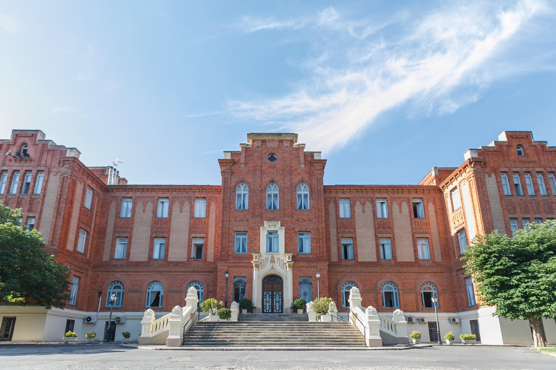 Residencia de mayores en Aranjuez / Savills Aguirre Newman