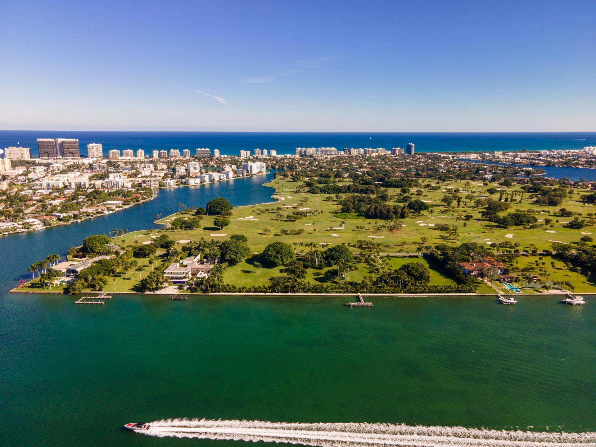Vistas de Indian Creek, el búnker de los famosos en Miami / Curbed/The Jills